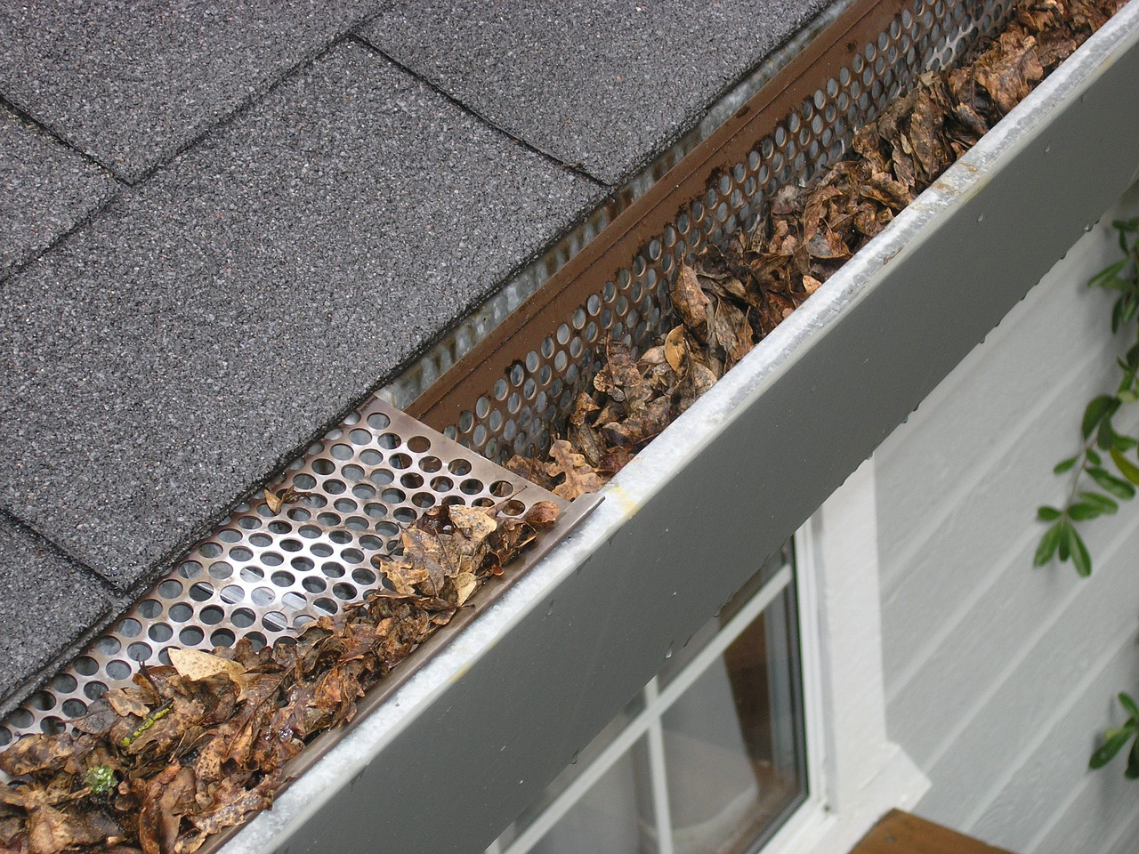 winterproof home gutters