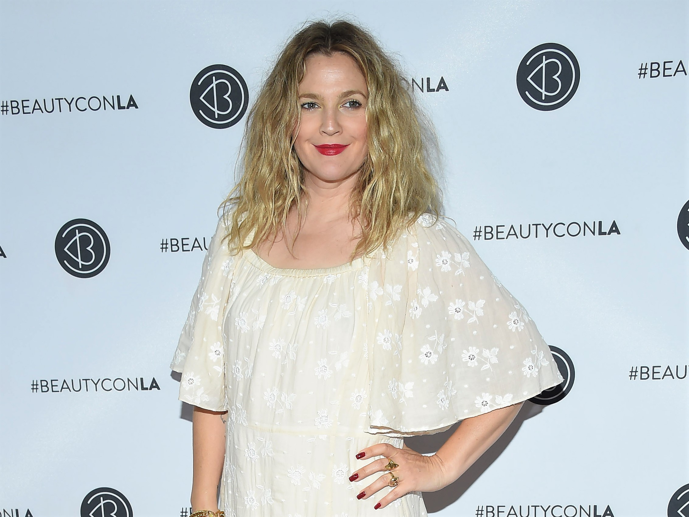 Drew Barrymore White Dress BeautyConLA Carpet