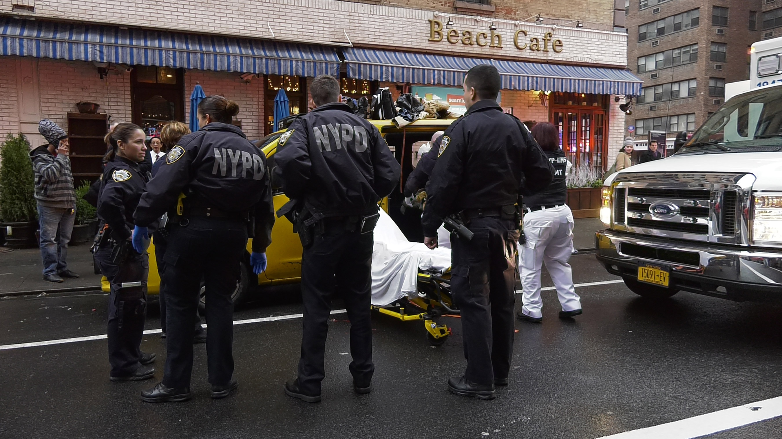 Woman Gives Birth In NYC Taxi 1
