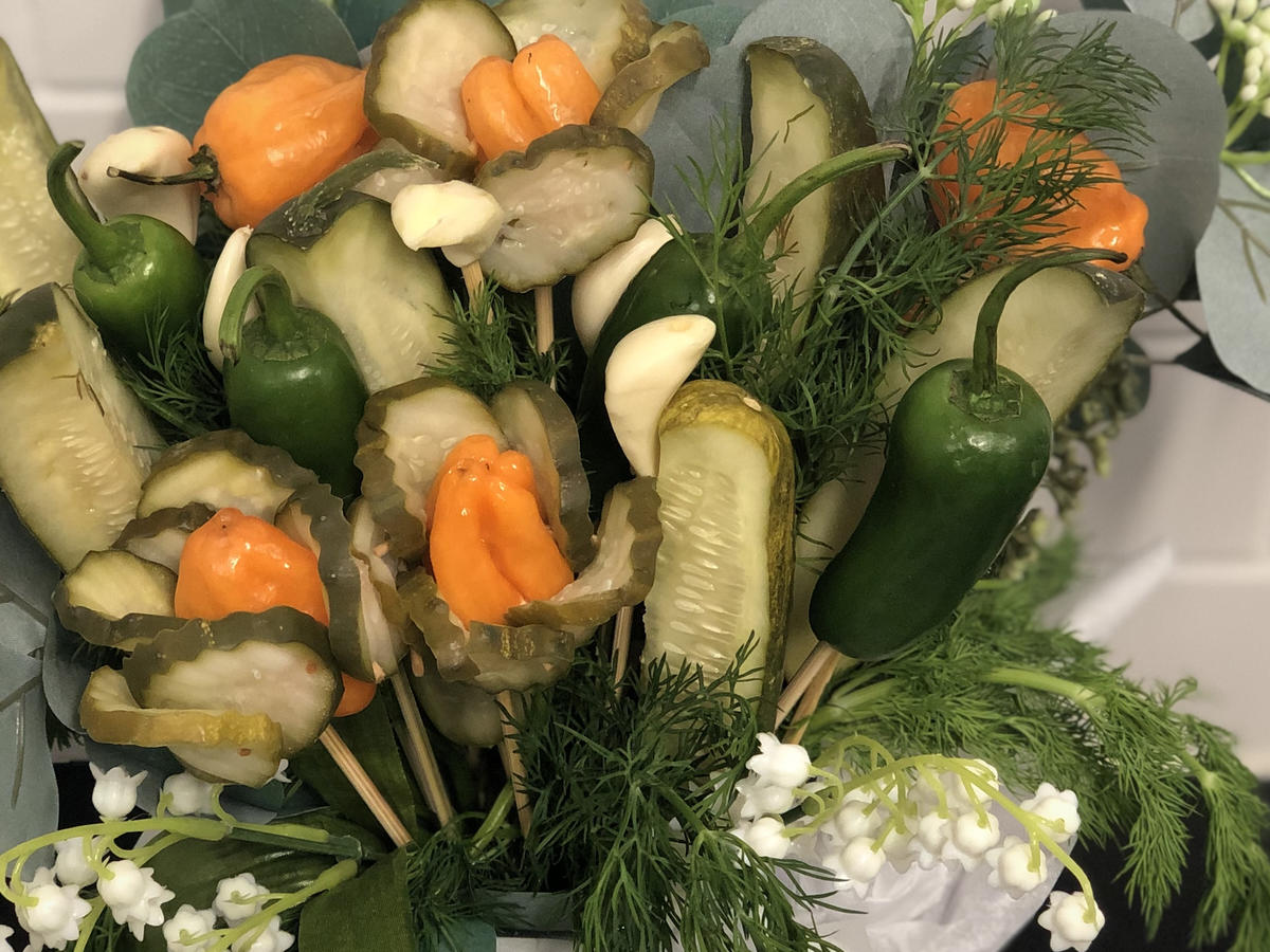 Valentines Day Grillos Pickle Bouquet
