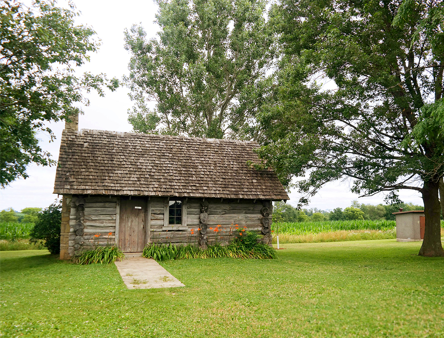 the ingalls log cabin homestead