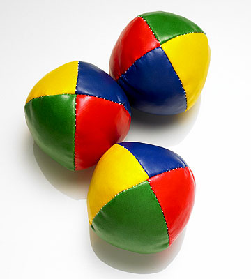 juggle three balls