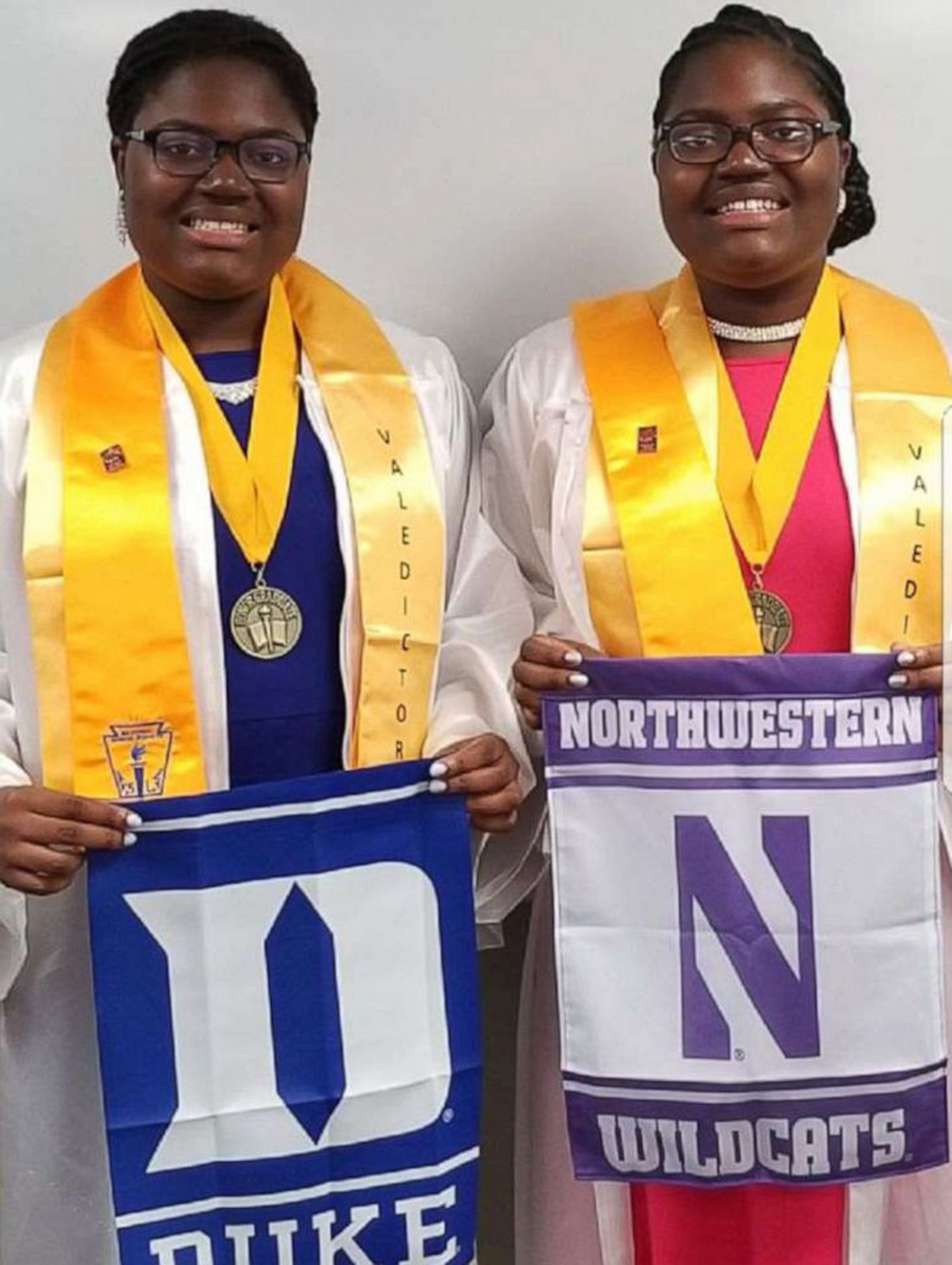 Tia and Tyra Smith twin valedictorians