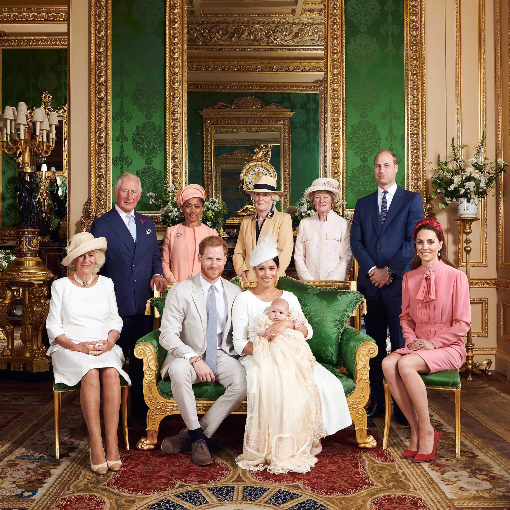 2019 Royal Family Portrait Meghan Markle Baby Archie Harrison Prince Harry Kate Middleton Queen Elizabeth