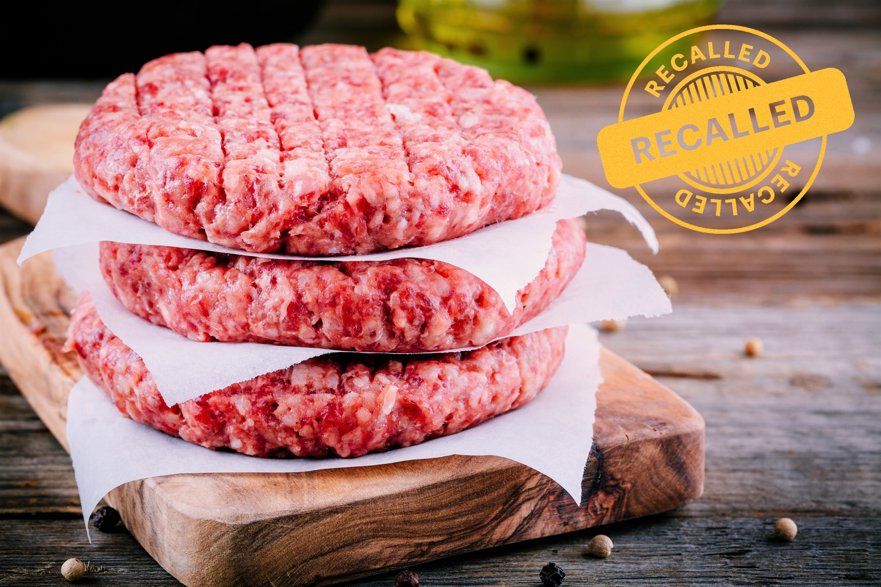 raw meat hamburger patties