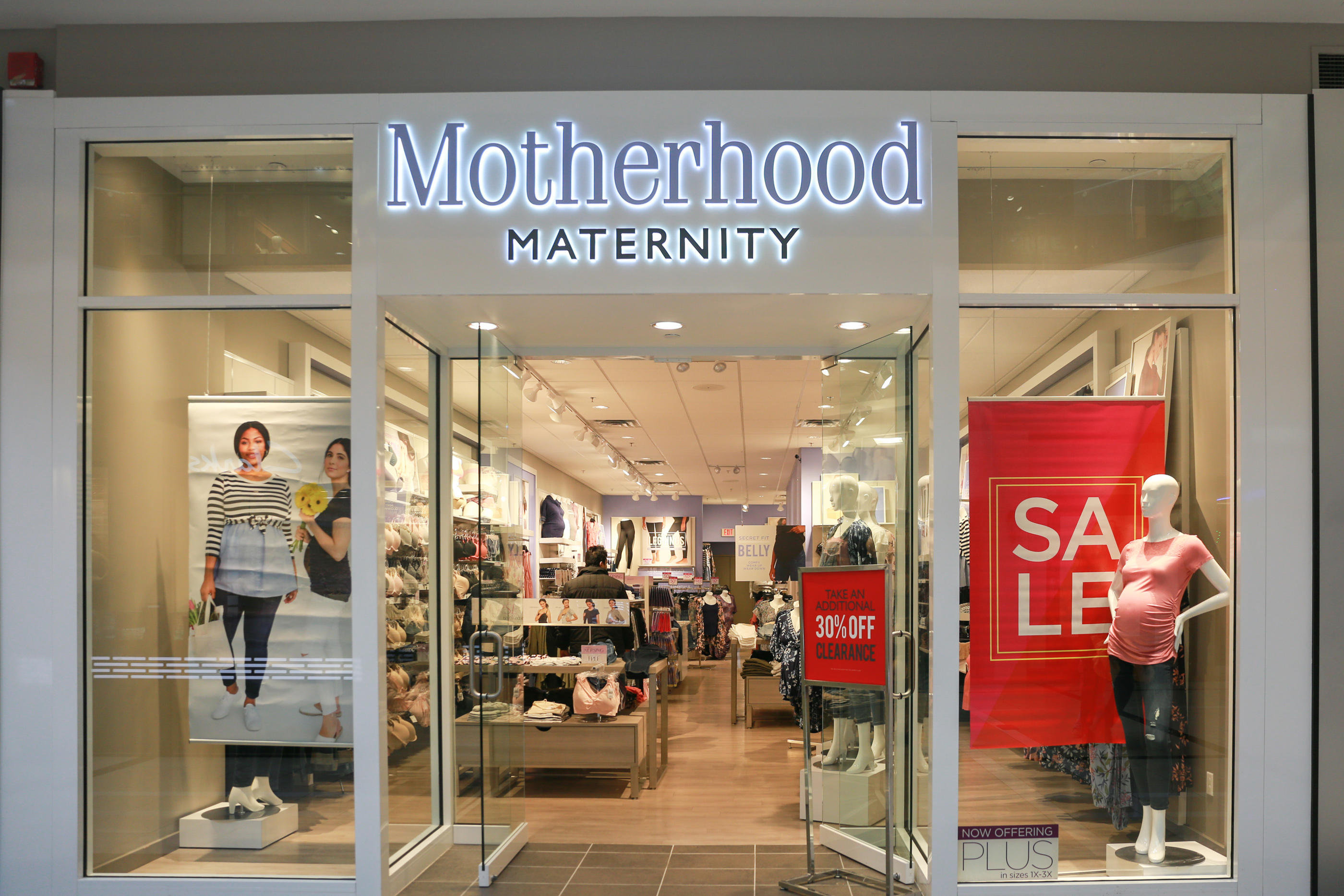 Destination Maternity Is Closing 183 Stores Is Yours On The List Parents