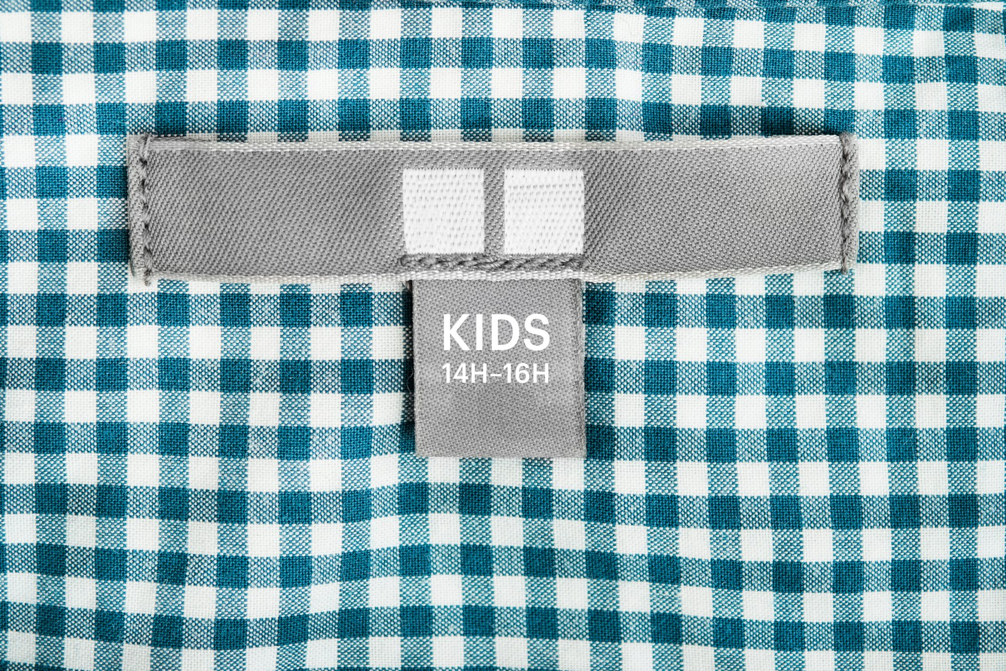 kids clothing label with husky sizes on it