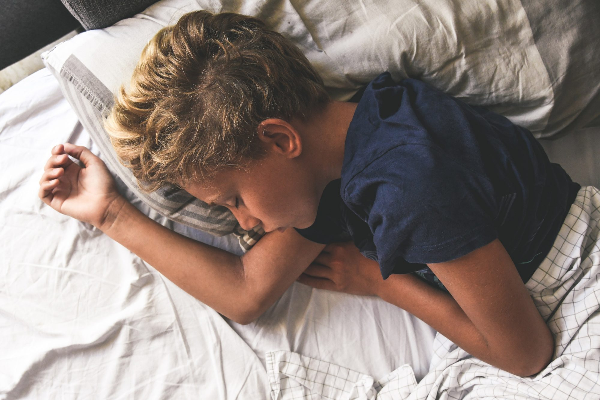 3 Tips to Help Your Tween Get to Sleep Before 10 p.m. | Parents