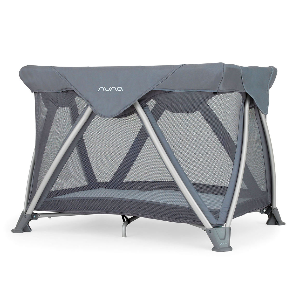 Best Travel Crib: Nuna