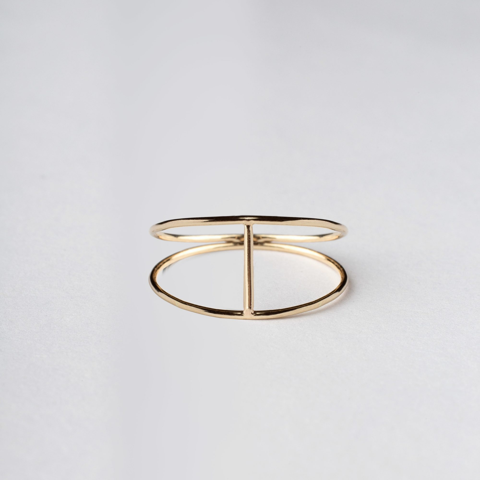 AM Thorne Silhouette ring