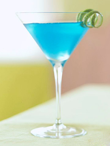 Blue Blue Christmas Cocktail/Cranberry-Raspberry Spritz