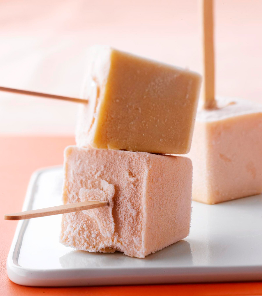 Apricot-Cheesecake Frozen Pops