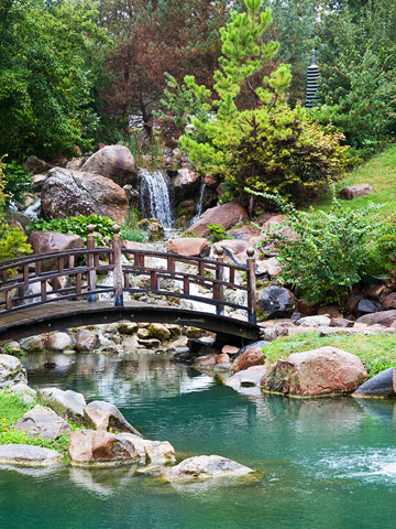 Iowa: Dubuque Arboretum and Botanical Gardens