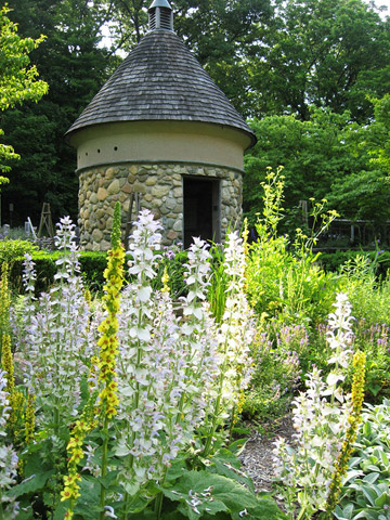 Michigan: Fernwood Botanical Garden and Nature Preserve