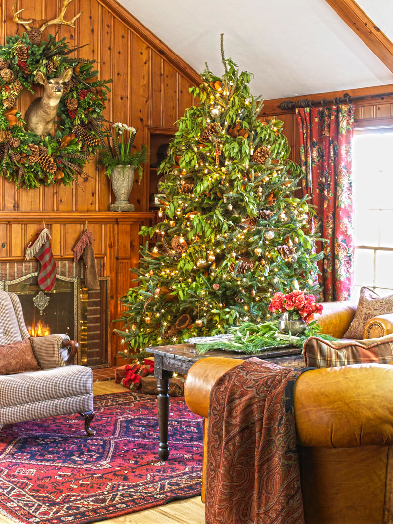 Christmas Decorating, North Woods-Style | Midwest Living