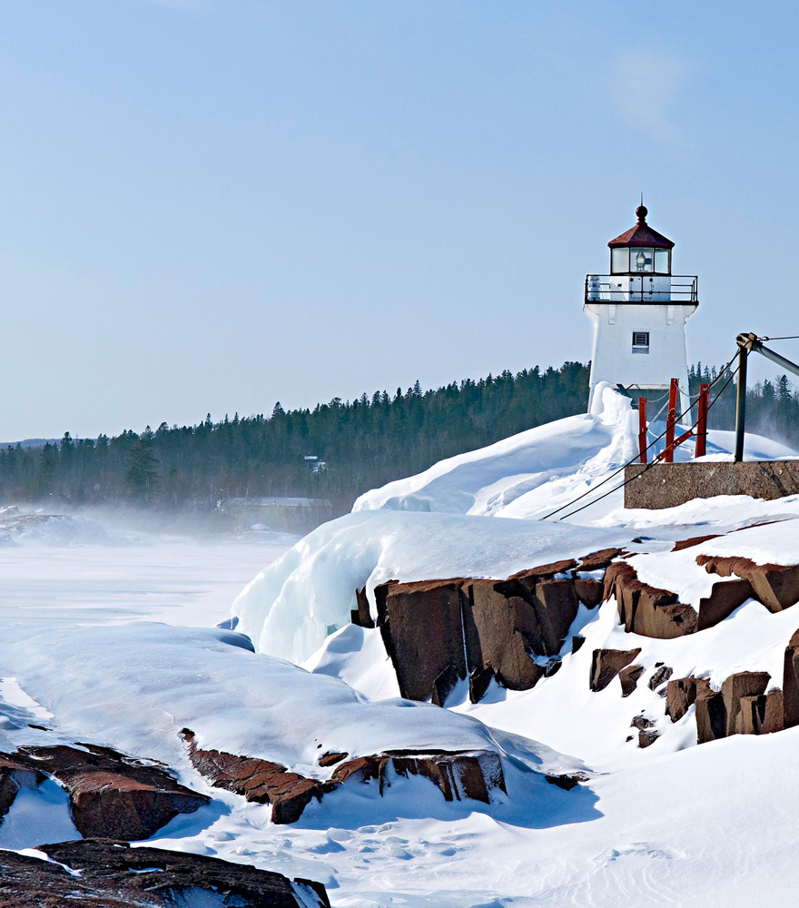 Grand Marais, Minnesota: Snowed in by the lake