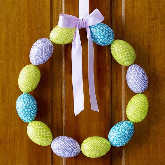 Egg-cellent wreath