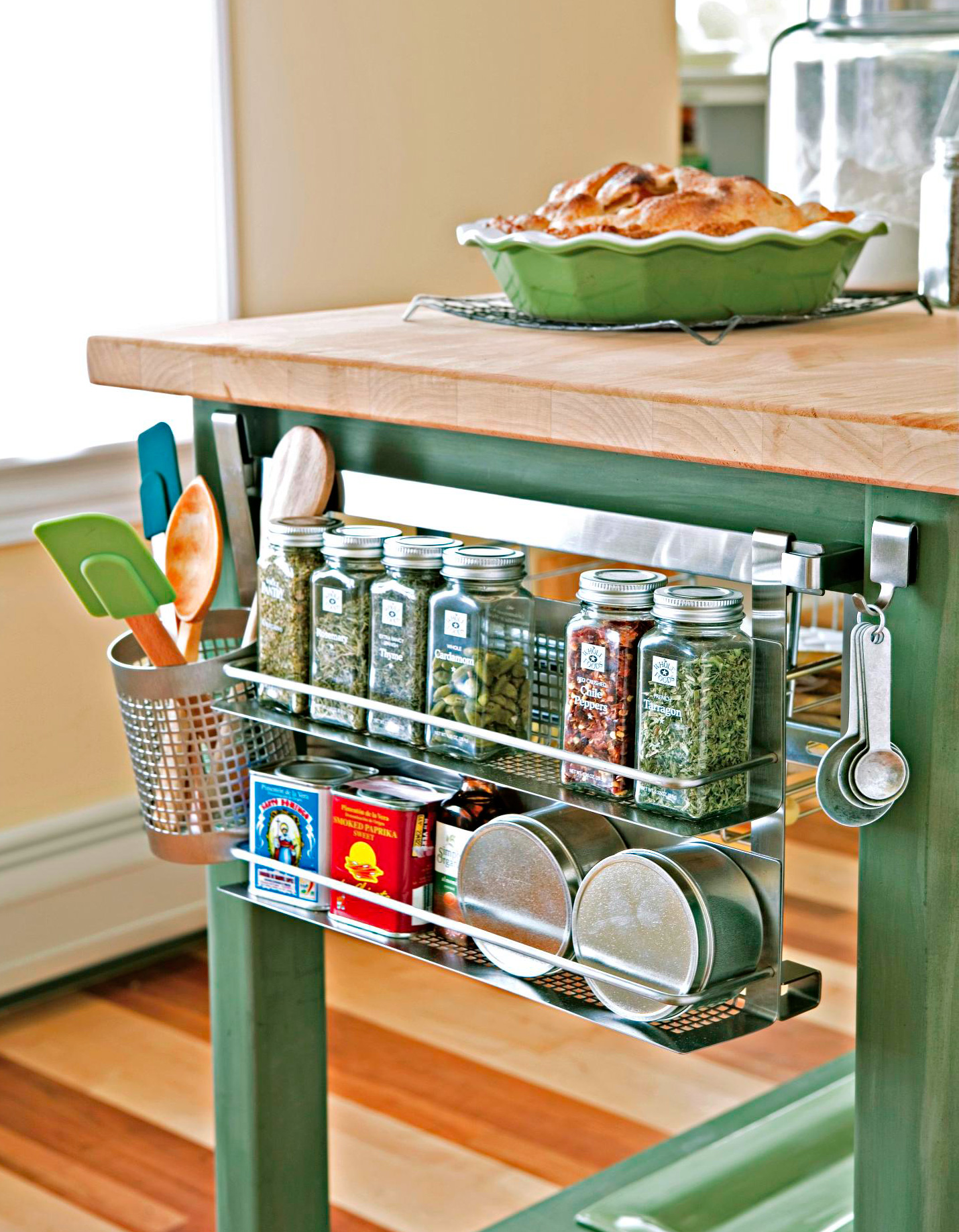 30 Quick And Easy Ideas For Kitchen Organization Midwest Living