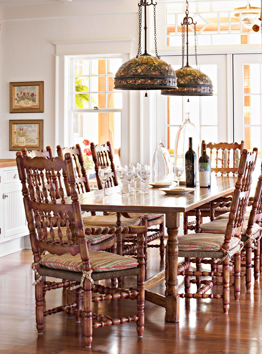 A large table for big families