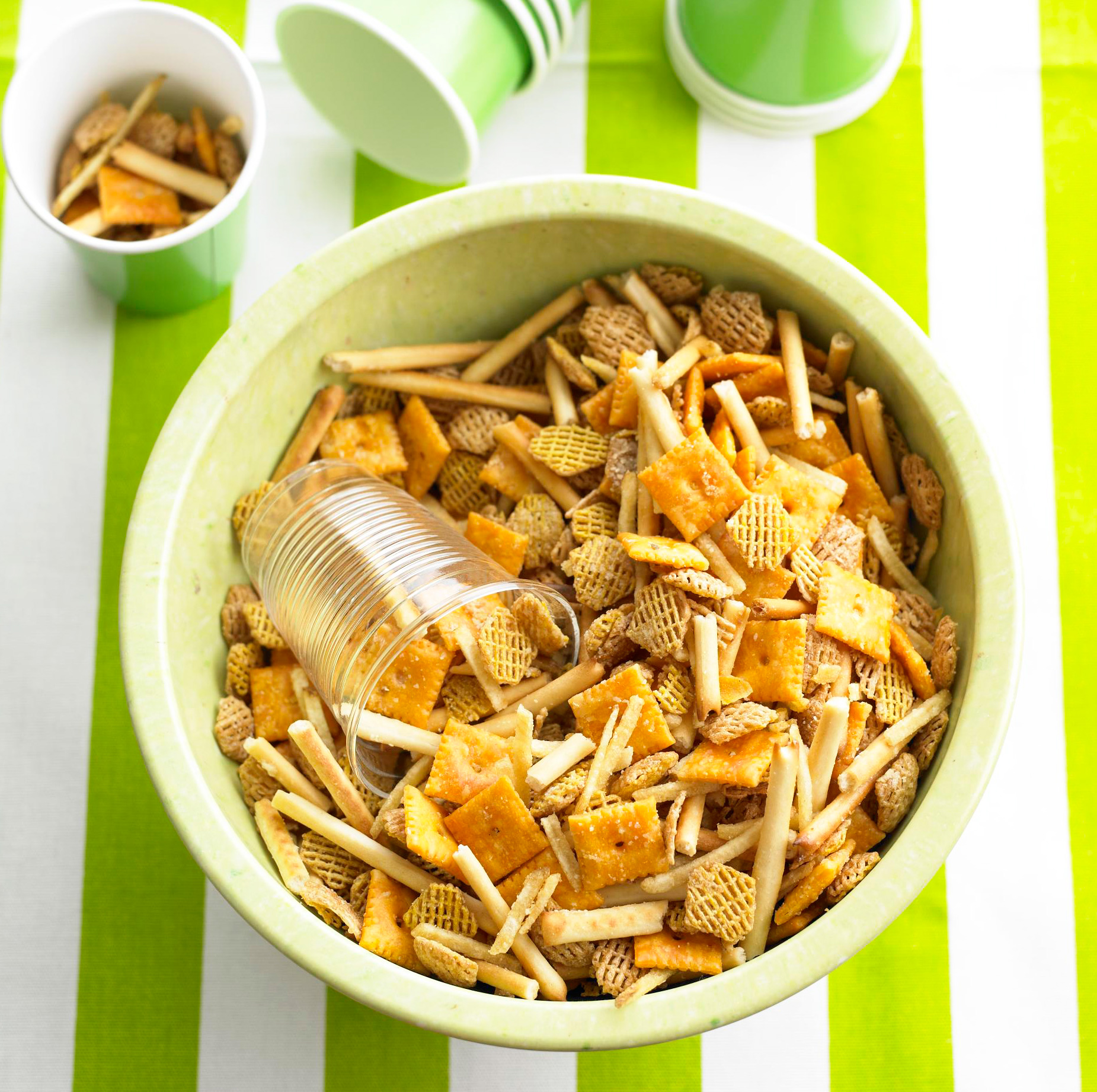 Cheesy Snack Mix