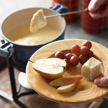 Fireside Beer-Cheese Fondue