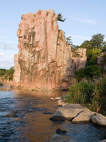 South Dakota: Palisades State Park