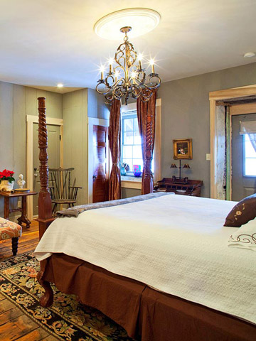St. Charles trip guide: Where to stay