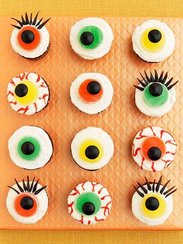 Eerie Eyeball Cupcakes