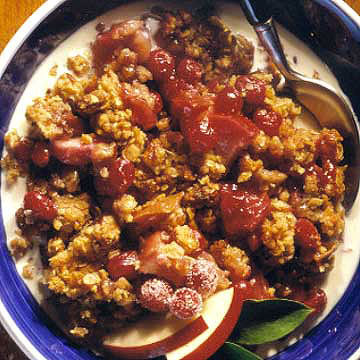 Breakfast Cranberry-Apple Crumble