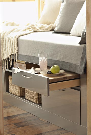 Daybed Storage