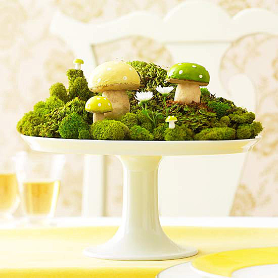 Woodland-inspired centerpiece