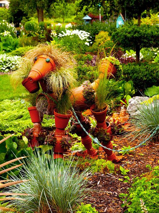 Garden tour: Delightful detailing