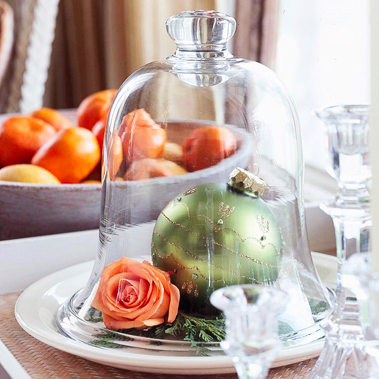 Christmas centerpiece ideas: ornament under cloche