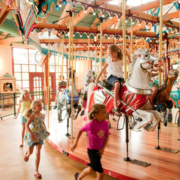 St. Joseph, Michigan: Silver Beach Carousel