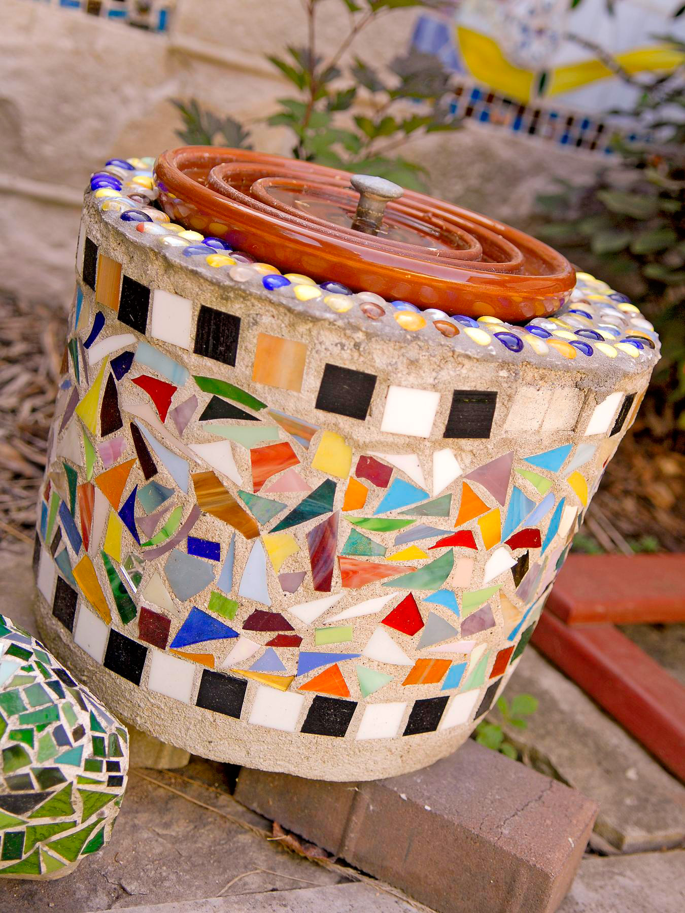 Mosaic container