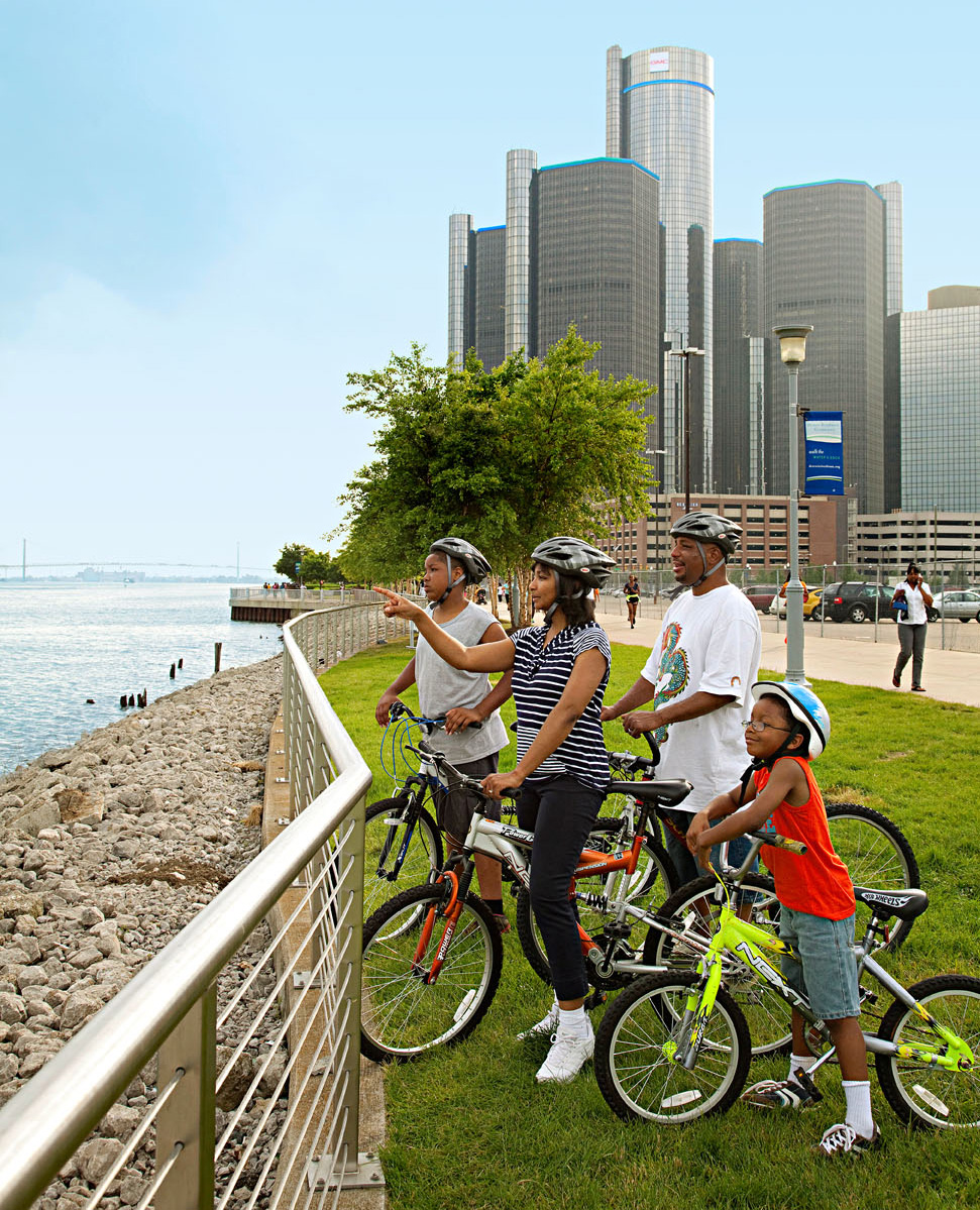 Detroit International RiverWalk