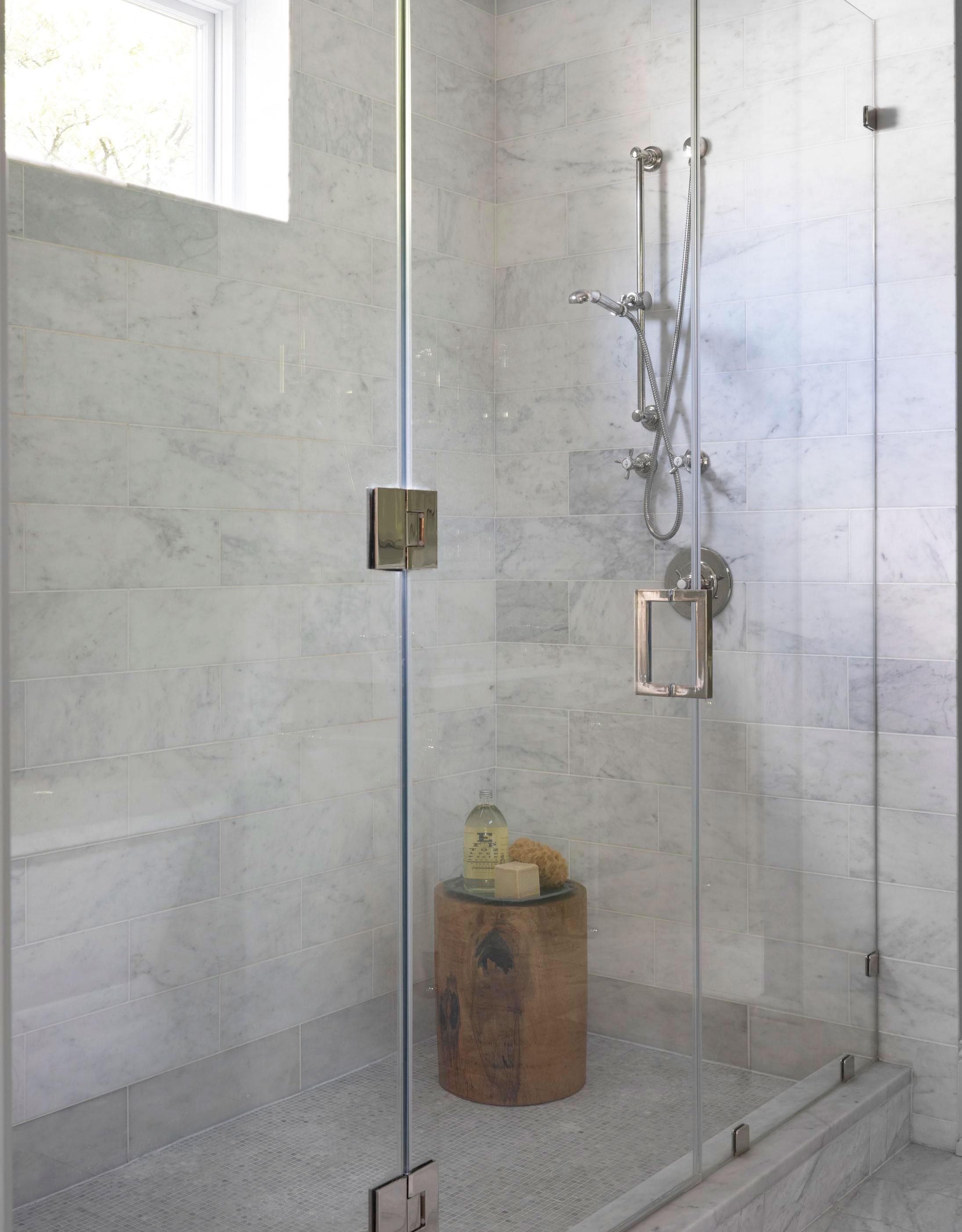 Waterproof stoop