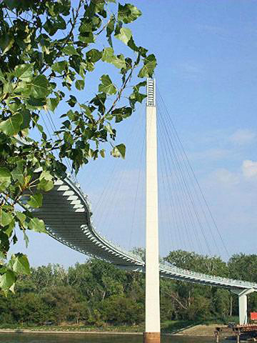 Bob Kerrey Pedestrian Bridge.  Photo courtesy of Omaha Convention and Visitors Bureau.