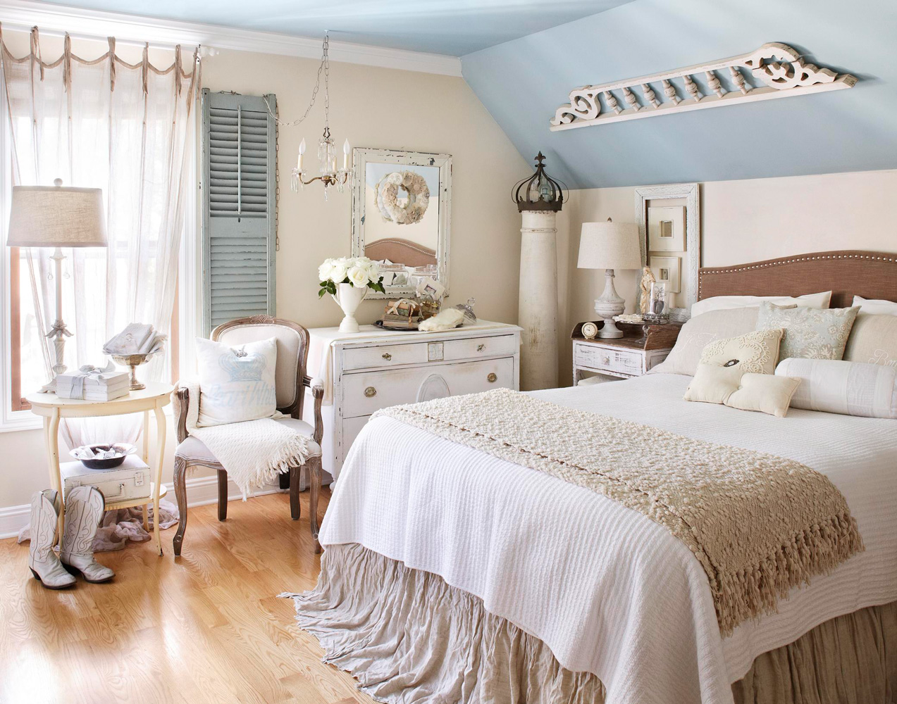 Master bedroom chic
