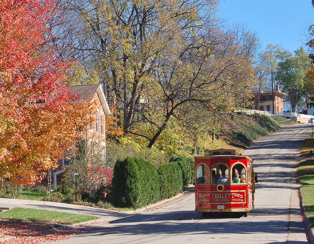 Galena Trolley Depot Tours. Photo courtesy of Galena/Jo Daviess County Convention & Visitors Bureau.