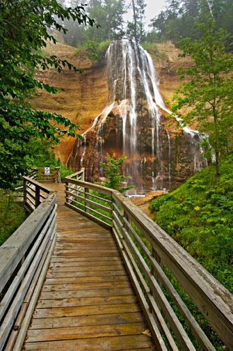 Smith Falls State Park. Photo courtesy of Nebraska Tourism