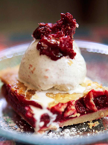 Raspberry-Ginger Cobbler