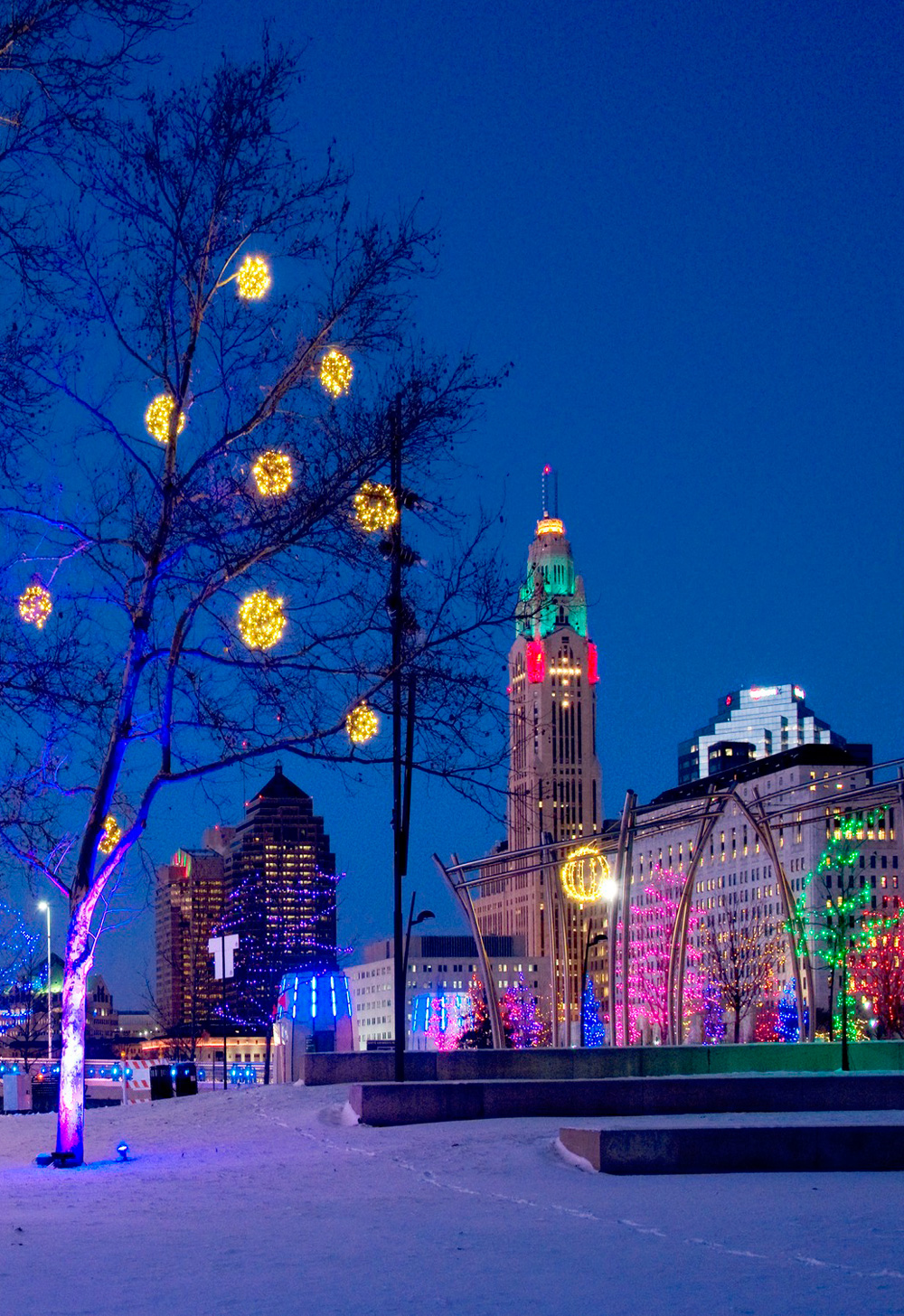 The Scioto Mile-Grand Illumination, Columbus
