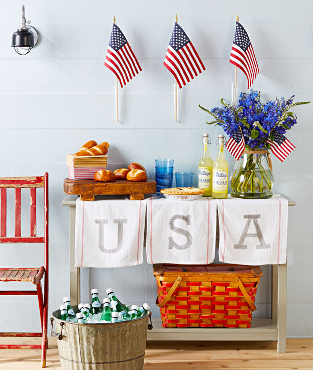 Fourth of July decorating