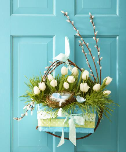 Welcoming tulip door decoration