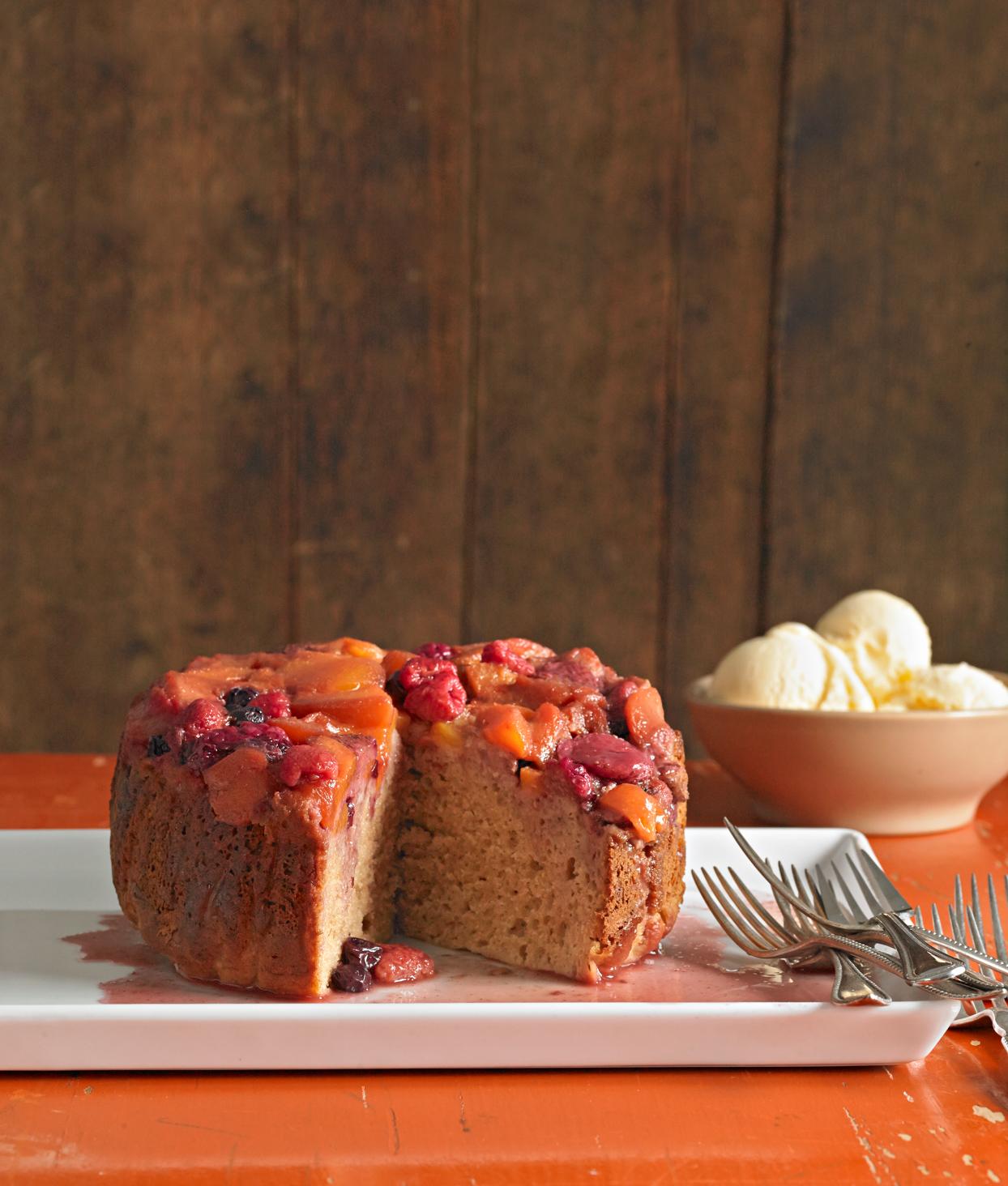 Peaches and Berries Cake