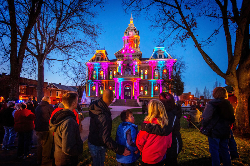 Guernsey County Courthouse Light & Music Show