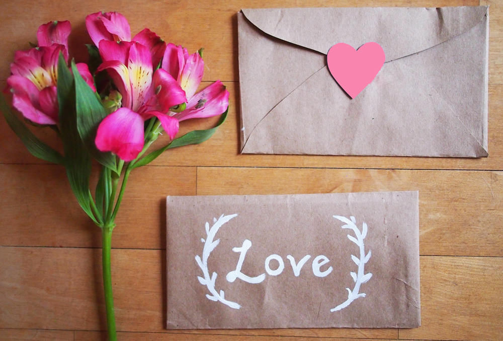 DIY-Folded-envelopes
