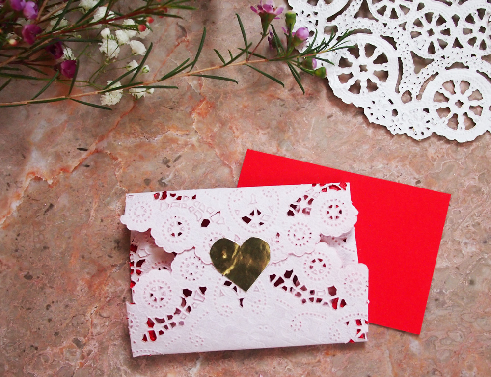 Lace-Doily-Envelopes