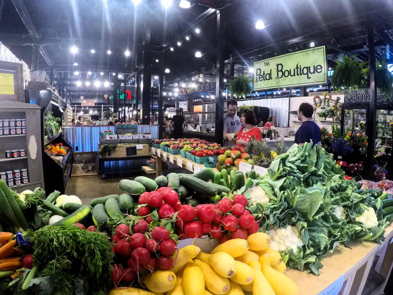 Bay City farmers market